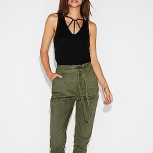 Express One Eleven Strappy V-Neck London Tank (L)